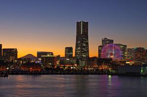 大桟橋からの富士山と夜景