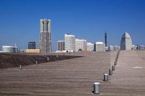 横浜大桟橋からのみなとみらい