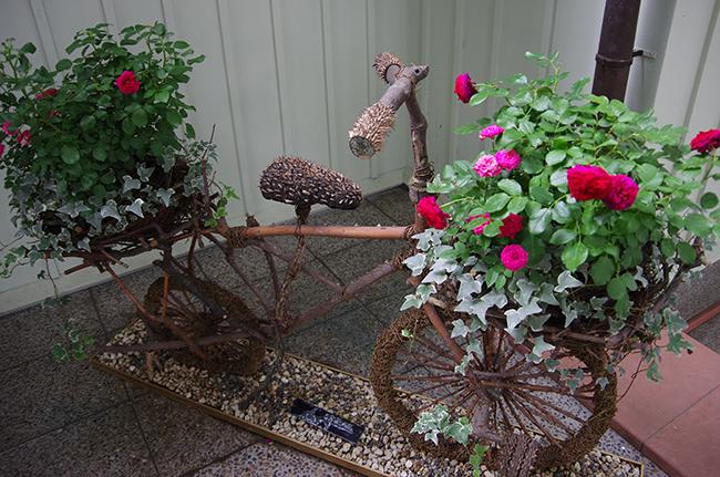 15バラの自転車