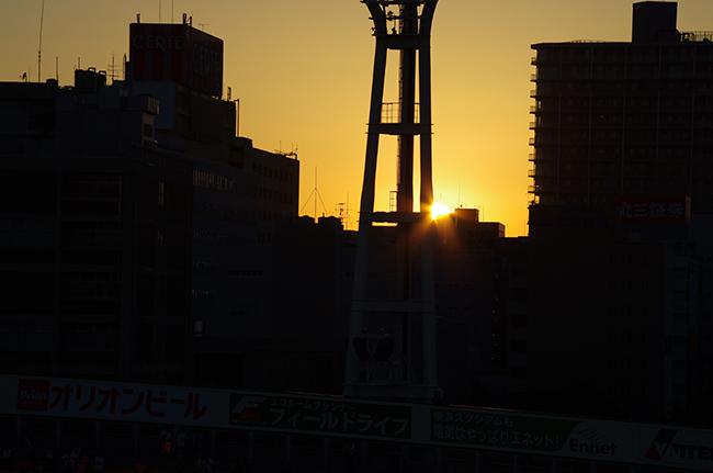 1507横浜スタジアム夕陽